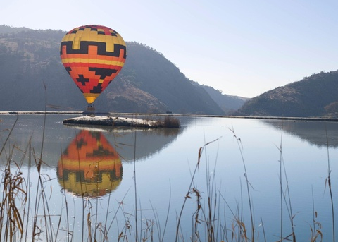 Exclusive Hot Air Ballooning Safari Flight for Two image 2
