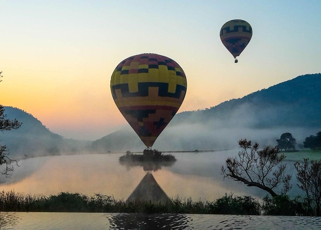 Exclusive Hot Air Ballooning Classic Flight for Two image 1
