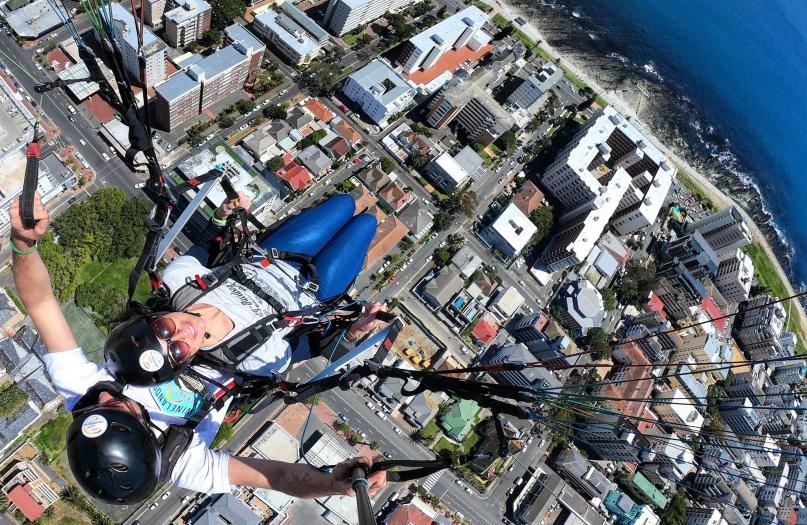 cape hope paragliding, paragliding cape town, tandem paragliding cape Town, cape town paragliding, cape town tandem paragliding, signal hill paragliding, signal hill tandem paragliding, lions head paragliding, lions head tandem paragliding, table mountain