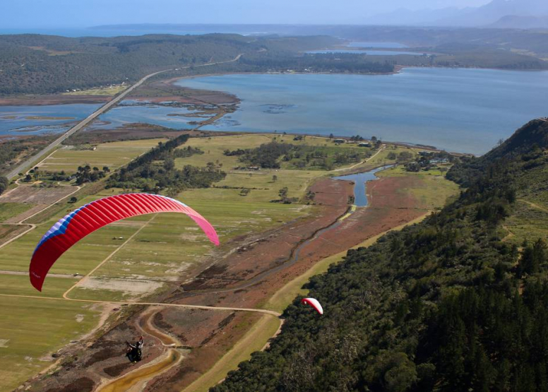 Tandem Paragliding Experience image 3